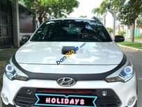 Cần bán lại xe Hyundai i20 Active 1.4 sản xuất năm 2015, màu trắng, nhập khẩu nguyên chiếc, giá tốt