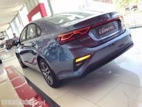 Bán xe Kia Cerato AT Luxury, trả trước 220tr lấy xe ngay! LH em Phương 0982425534