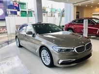 Bán xe BMW 530i 2019, màu vàng cát, xe nhập khẩu nguyên chiếc chính hãng mới 100%, giảm 150 triệu tiền mặt