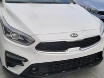 Bán xe Kia Cerato MT đời 2020, màu trắng