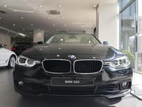 BMW 320i 2019, màu đen, nhập khẩu chính hãng, mới 100% chỉ còn vài xe trên toàn quốc