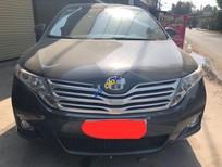 Cần bán Toyota Venza sản xuất 2009, màu đen, xe nhập giá cạnh tranh