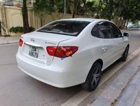 Bán ô tô Hyundai Elantra 1.6 MT sản xuất năm 2012, màu trắng còn mới, giá tốt