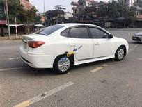 Cần bán xe Hyundai Avante sản xuất năm 2015, màu trắng còn mới, giá 310tr