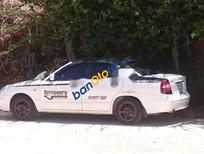 Cần bán Daewoo Nubira năm 2002, màu trắng, nhập khẩu nguyên chiếc xe gia đình giá cạnh tranh