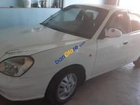 Bán xe cũ Daewoo Nubira năm sản xuất 2001, màu trắng