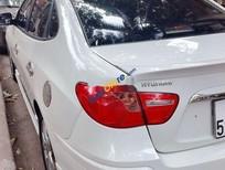 Chính chủ bán Hyundai Avante đời 2015, màu trắng, giá 468tr