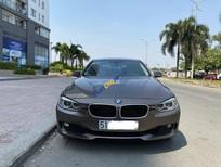 Cần bán BMW 320i năm sản xuất 2013, màu nâu, nhập khẩu