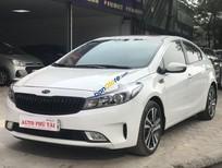 Cần bán gấp Kia Cerato sản xuất năm 2018, màu trắng