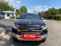 Cần bán xe Ford Everest năm 2016, màu đen, nhập khẩu chính chủ