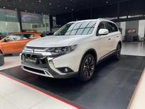 Mitsubishi Outlander 2020, màu trắng, chỉ với 275 triệu