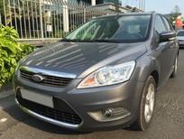 Cần bán Ford Focus 2.0 AT sản xuất năm 2009, màu xám xe gia đình