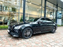 Xe lướt chính hãng - Mercedes E300 2020 màu đen, chạy 3.600km giá cực tốt