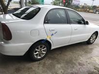 Cần bán lại xe Daewoo Lanos sản xuất năm 2004, màu trắng, giá tốt