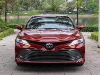Cần bán Toyota Camry 2.5Q 2020, khuyến mại tốt nhất, giao xe ngay. LH 0988.611.089