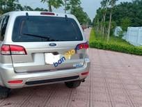Cần bán Ford Escape sản xuất năm 2011 còn mới giá cạnh tranh