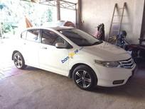 Bán xe Honda City sản xuất 2013, màu trắng, nhập khẩu nguyên chiếc xe gia đình