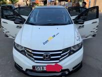 Bán lại xe cũ Honda City AT sản xuất năm 2013, màu trắng