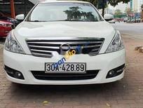 Cần bán Nissan Teana năm sản xuất 2010, màu trắng