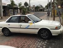 Bán xe Toyota Camry sản xuất 1988, màu trắng, nhập khẩu giá cạnh tranh
