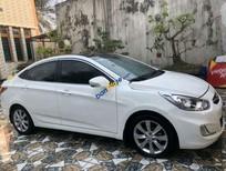 Cần bán gấp Hyundai Accent sản xuất 2012, màu trắng, nhập khẩu nguyên chiếc, giá tốt