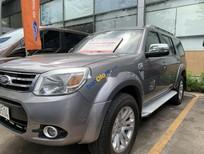 Cần bán gấp Ford Everest sản xuất năm 2013, màu xám số tự động