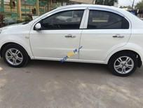 Xe Chevrolet Aveo sản xuất năm 2013, màu trắng