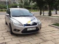 Cần bán xe Ford Focus sản xuất 2011, màu bạc giá cạnh tranh