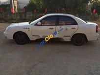 Bán ô tô Daewoo Nubira sản xuất 2002, màu trắng, xe nhập giá cạnh tranh
