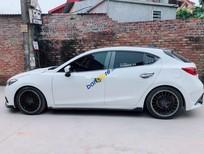 Bán xe Mazda 3 sản xuất năm 2015, màu trắng, xe nhập