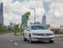 Volkswagen Passat Bluemotion nhập khẩu, chiết khẩu 12% giá trị xe, lấy xe chỉ với> 350tr trả trước, giao xe ngay
