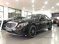 Đại lý chính hãng bán thanh lý xe Mercedes C200 Exclusive(C250) đi 9800Km giá 1,56 tỷ