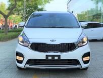 Kia Rondo 2020 số tự động màu trắng giao liền, ưu đãi lên tới 15 triệu