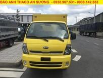 Giá bán xe tải Kia Frontier K250 thùng kín tôn đen màu vàng đời 2020