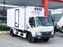 Xe tải Hino 4T5 đông lạnh thùng dài 4m5