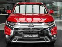 Cần bán xe Mitsubishi Outlander 2.0CVT 2020, màu đỏ