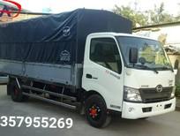 Hino XZU730L 4,5 tấn, xe mới hoàn toàn, giá thương lượng