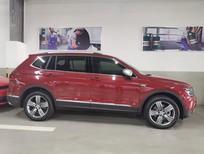 Volkswagen Tiguan Luxury chính hãng - giảm 50% thuế trước bạ, 90 triệu, giá còn lại 1.709.000.000vnd, kèm qùa tặng