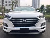 Hyundai Tucson giảm giá sập sàn muôn vàn quà tặng