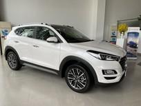 Bán Hyundai Tucson sản xuất năm 2020, màu trắng, 799tr