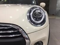 Mini One 2020 màu trắng, nhập khẩu