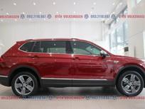 Xe Tiguan Luxury ưu đãi 120tr tiền mặt + gói quà tặng và phụ kiện trị giá 60tr, đủ màu sắc, vay NH 90%, lãi suất tốt