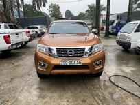 Bán Nissan navara NP300 SL 2 cầu số sàn, đời 2015, biển Hà Nội