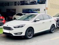 Bán xe Ford Focus 2018, màu trắng