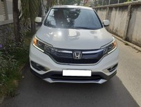 Nhà cần bán xe Honda CRV 2015, số tự động, màu trắng