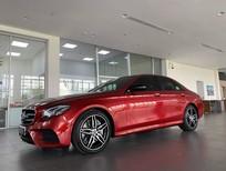 Đại lý Mercedes chào bán E300 AMG 2020 đỏ, siêu lướt 1700 km