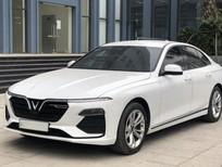 VinFast LUX A2.0 đời 2021, màu trắng