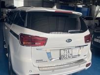 Bán xe Sedona DATH máy dầu, số AT màu trắng 2019