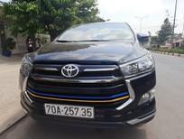Bán xe Innova Ventuner AT, màu xám sx 2020 như mới