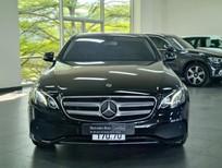 Mercedes-Benz E180 2020, màu đen, nội thất nâu siêu lướt, giá tốt